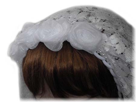 White Flower Lace Garden Wedding Veil with Roses