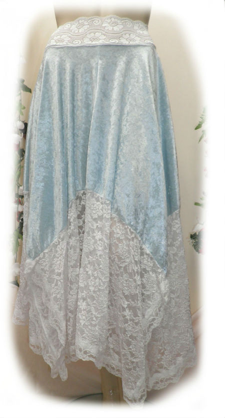 Aqua velvet and White Lae Medieval Skirt Size 8